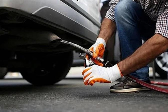 Bakan Kurum: Tüm araçlar için egzoz emisyon ölçümü süresi ertelendi