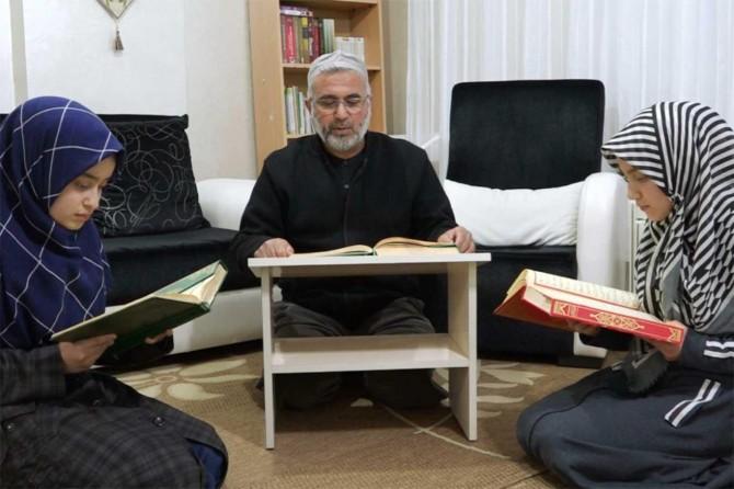 Beraat Kandili ibadet ve dua ile evlerde ihya ediliyor