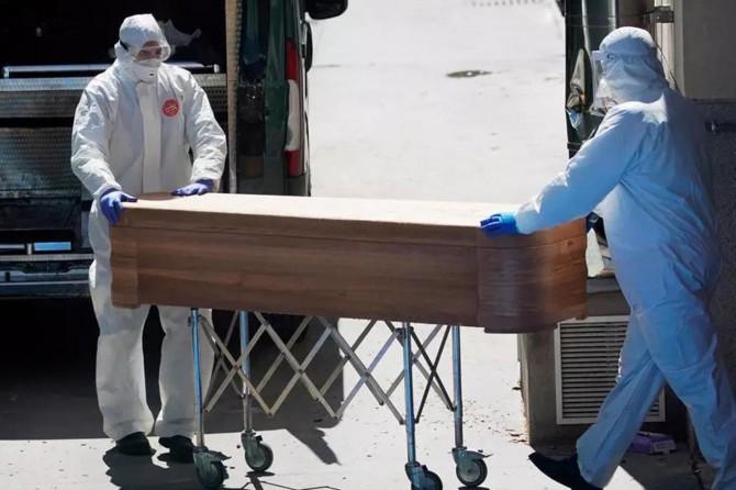 İspanya'da Coronavirus kaynaklı ölümler nedeniyle tabut ihtiyacı karşılanamıyor