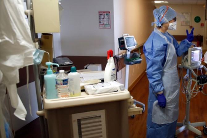 Fransa'da Coronavirus nedeniyle hayatını kaybedenlerin sayısı 10 bini geçti