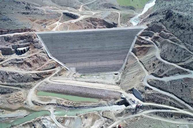 Çermik Kale Barajı'nda çalışmalar devam ediyor
