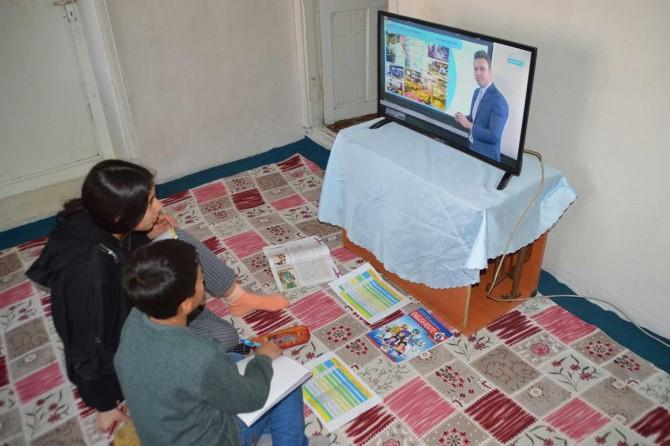 Ağrı Milli Eğitim Müdürü Mehmet Faruk Tekin'den örnek davranış