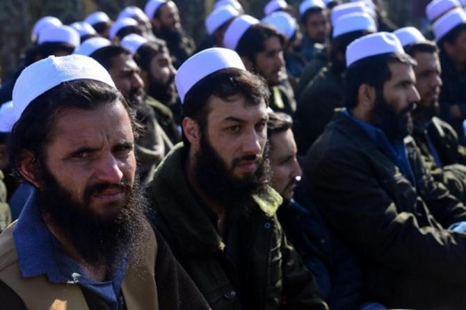 Afgan hükümeti 100 Taliban mahkumunu serbest bıraktı