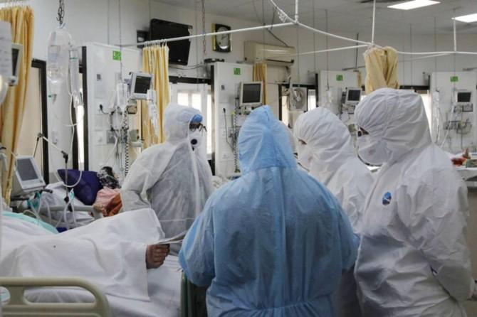 İran'da 122 kişi daha Covid-19 nedeniyle hayatını kaybetti