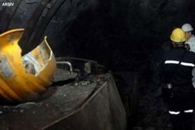 A Coal mine collapses in western Turkey