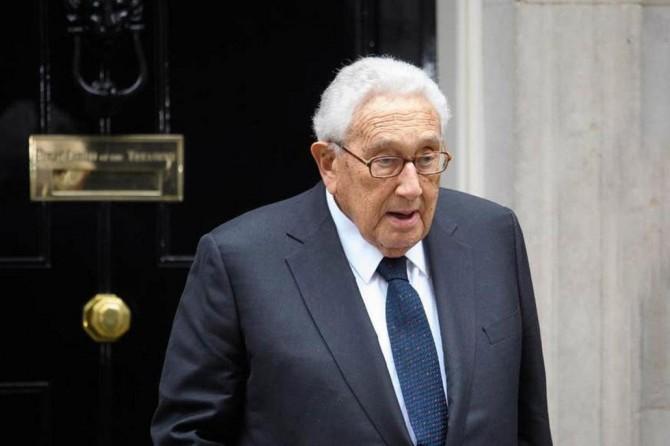 """Eski ABD Dışişleri Bakanı Kissinger: """"Virüsten sonra küresel bir sistem oluşturulmalı"""""""