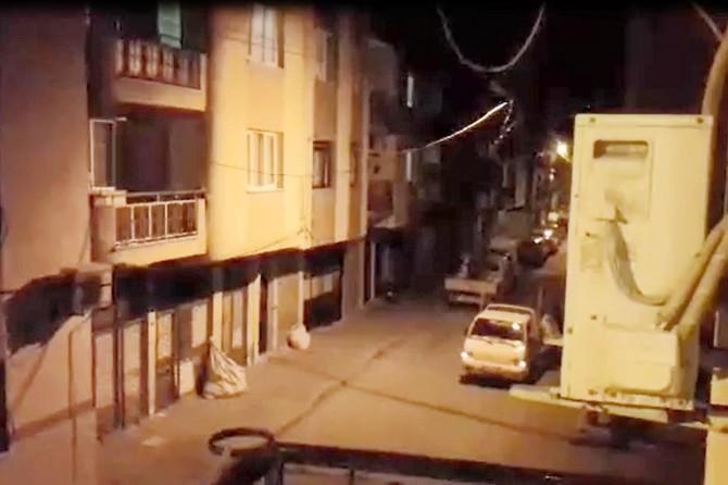 İzmir buca'da sokağa çıkma yasağını delen seyyar manavcı: Limon, patates, soğan, çileklerim var!