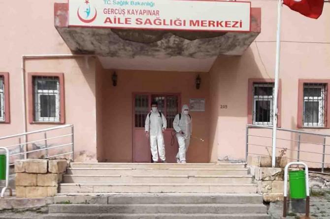 Gercüş Kayapınar Belde Belediyesi dezenfekte çalışmalarını sürdürüyor