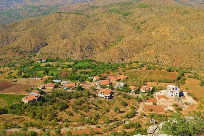 Sincik'e bağlı Söğütlübahçe Köyü karantinaya alındı