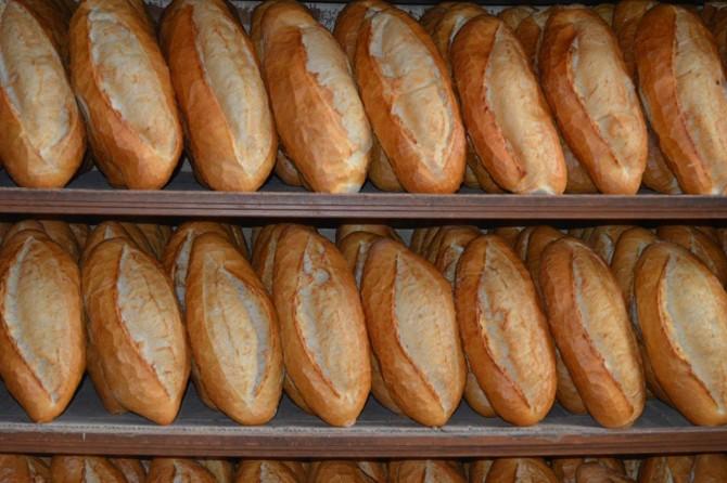 Mersin Valiliği, CHP'nin 'Mersin'de ekmek dağıtımı yasaklandı' iddialarını yalanladı