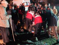 Eğil'de kuyuya düşen küçük çocuğun cenazesi kuyudan çıkarıldı