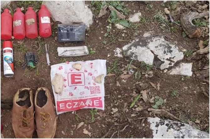 Pervari'de PKK'ye ait sağlık malzemeleri ele geçirildi