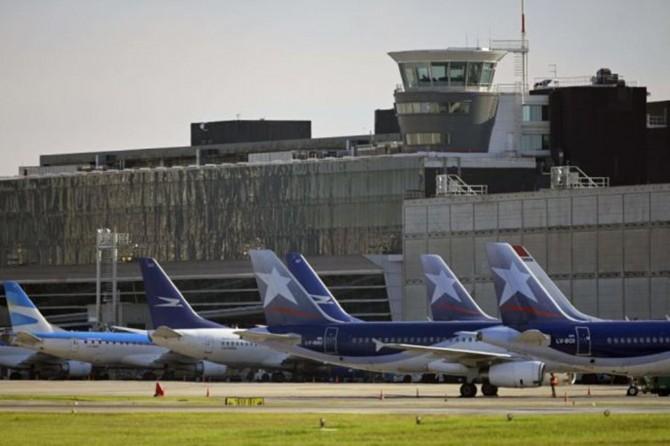 Arjantin'de tüm ticari uçak bileti satışları durduruldu