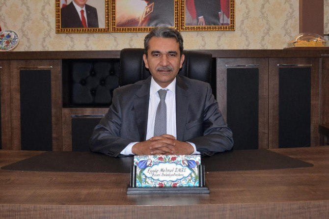 Besni Belediyesi kapanan iş yerlerine 300 TL destek vermeye başladı