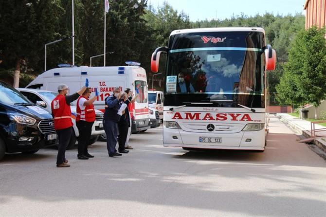 Amasya'da karantina süreleri dolan vatandaşlar evlerine gönderildi