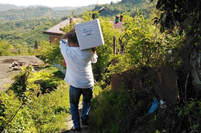 IHO EBRAR'dan ihtiyaç sahibi ailelere gıda yardımı