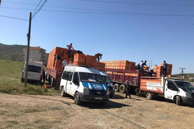Sincik'te çiftçilere arı kovanı dağıtıldı