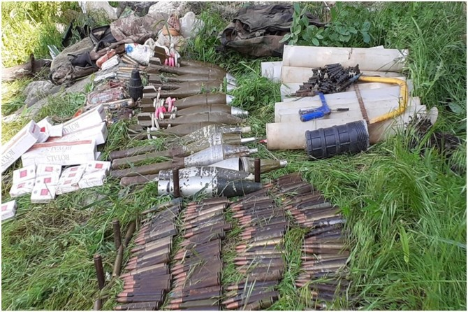 Hakkari'de PKK'ye ait çok sayıda mühimmat ele geçirildi