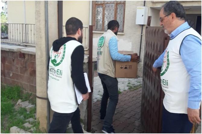 Avrupa Yetim Eli Elazığ'da ihtiyaç sahiplerine yönelik gıda ve nakdi yardımlarını sürdürüyor