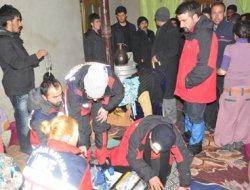 Van Başkale'ye bağlı köylerdeki hastalara 6 saat sonra ulaşılabildi