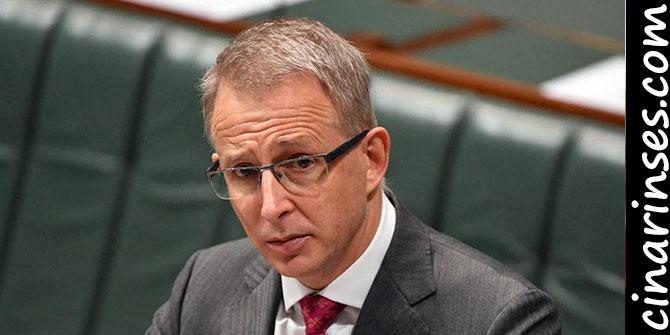 """Avustralya İletişim Bakanı Paul Fletcher: """"5G Coronavirus'ü yaymaz"""""""