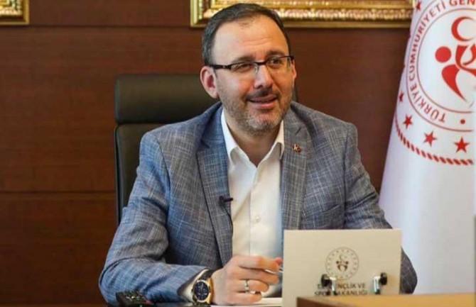 """Bakan Kasapoğlu: """"Yurtlarda karantinada kimse kalmadı"""""""