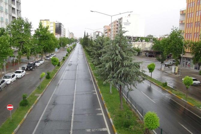 Adıyamanlılar bayram sabahına yağmurla uyandı