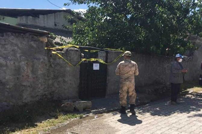 Gaziantep'te Covid-19 hastasını ziyaret eden 48 kişi karantinaya alındı