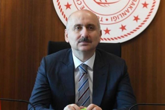 Bakan Karaismailoğlu, şantiyelerde uygulanan tedbirlerden taviz verilmeyeceğini açıkladı