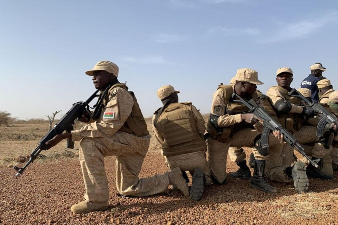 Fildişi Sahili ve Burkina Faso askerlerinden DAİŞ'e ortak operasyon