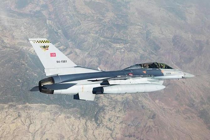 Hakurk'a düzenlenen hava harekatında 4 PKK'li öldürüldü