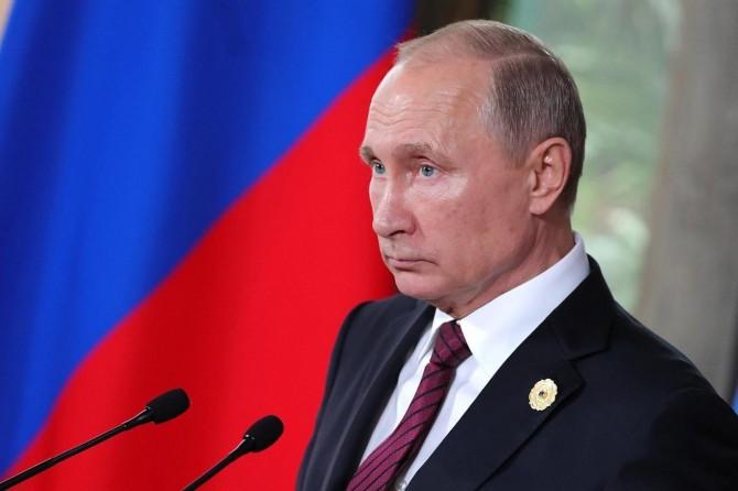 """Putin: """"Uzmanlara göre salgında zirve noktayı geçtik"""""""