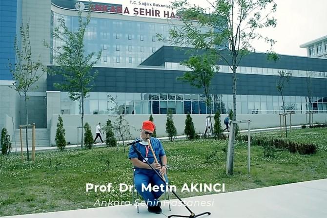 Ankara'da sağlık çalışanları Sağlık İçin Çalıp söylediler