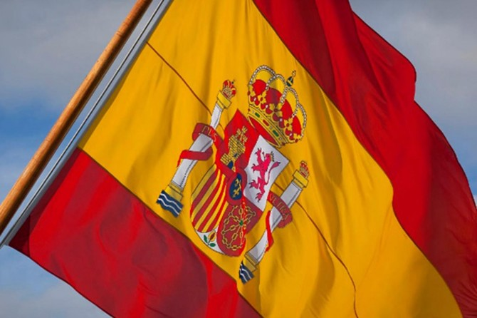 İspanya'da Covid-19 salgınında ölenler için 10 günlük ulusal yas ilan edildi