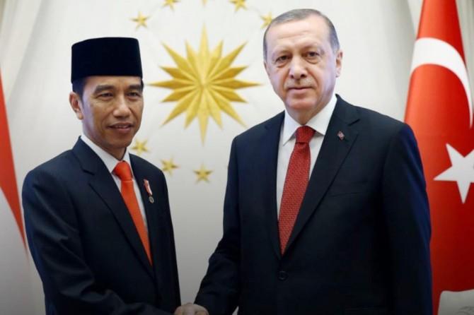 Cumhurbaşkanı Erdoğan, bazı ülke liderleriyle telefon görüşmesi yaptı