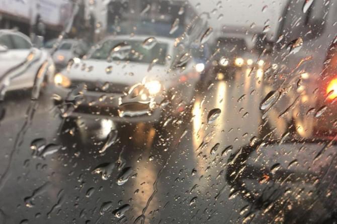 Bazı bölgelerde şiddetli yağış etkisini sürdürecek
