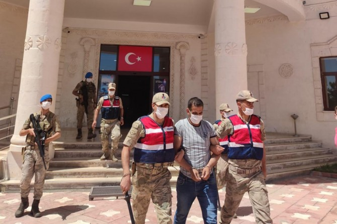 Cinayet hükümlüsü Derik'te bayram ziyaretinde yakalandı