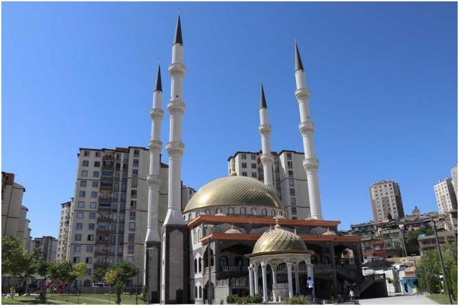 Gaziantep'te cuma namazı kılınacak cami ve alanlar belirlendi