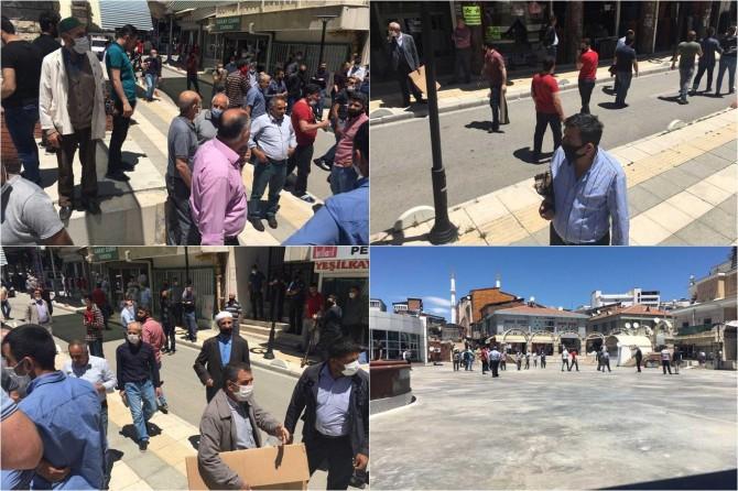 Elazığ'da bazı vatandaşlar haftalardır bekledikleri Cuma namazını kılamadılar