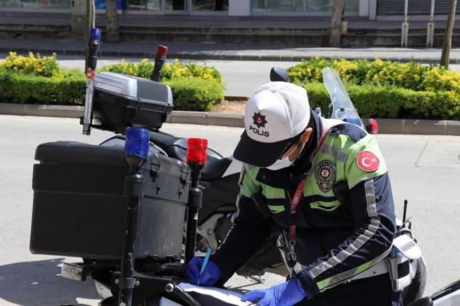 Gaziantep'te sokağa çıkma yasağını ihlal edenlere idari işlem yapıldı