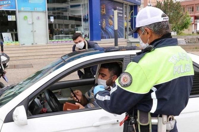 Gaziantep'te sokağa çıkma yasağına uymayanlara para cezası verildi