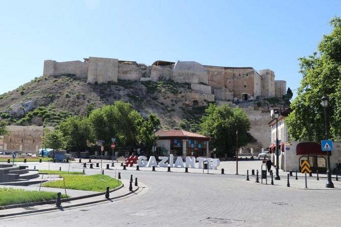 Sokağa çıkma yasağının ikinci gününde de Gaziantep sessizliğe büründü