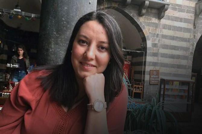 34 haftalık hamileyken Covid-19'a yakalanan hemşire hayatını kaybetti