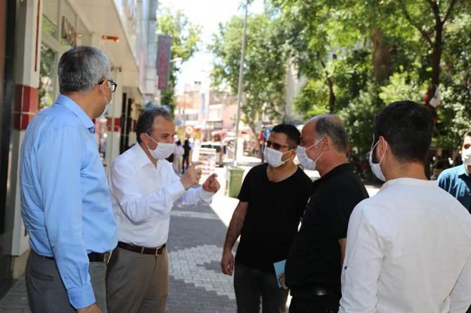 Adıyaman'da vatandaşlar Covid-19'a karşı uyarıldı