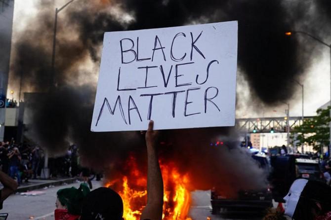 """ABD'deki """"polis karşıtı"""" gösteriler Brezilya'ya da sıçradı"""