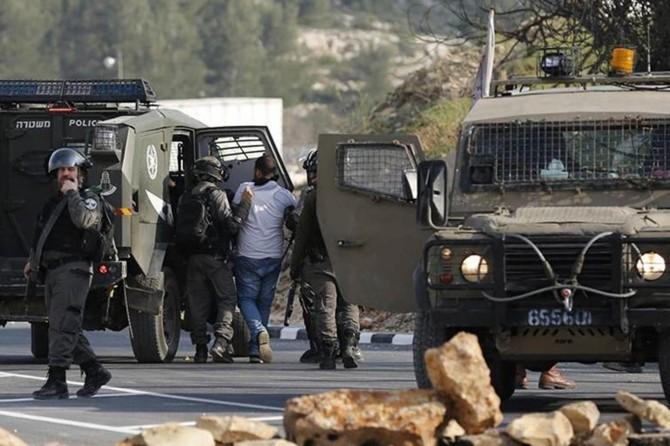 İşgalci siyonistler, Batı Şeria ve Kudüs'te Filistinli Müslümanları alıkoydu