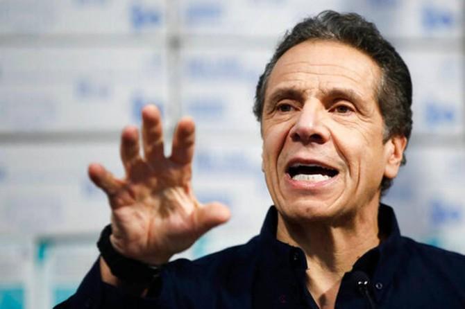 """New York Valisi Cuomo: """"Sokağa çıkma yasağı uygulayabiliriz"""""""