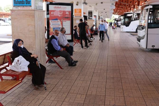 Otobüs seferleri yüzde 100 zamla başladı