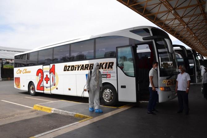 Şehirlerarası seyahat kısıtlaması kalktı, yüzde 50 yolcu kısıtlaması ise devam ediyor