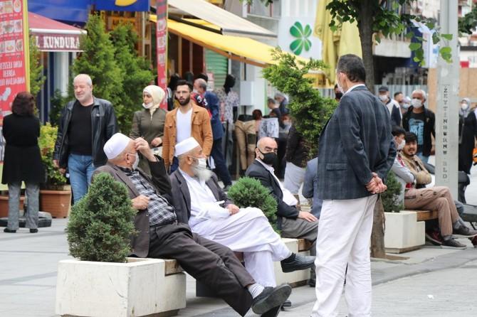 Normalleşme sürecinin başlamasıyla İstanbul'da yoğunluk ciddi oranda arttı
